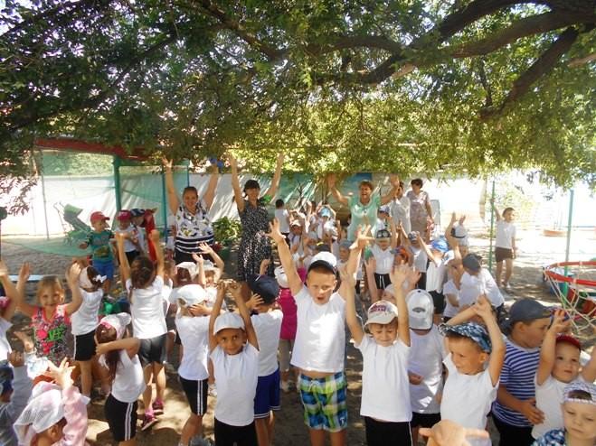 Развлечение «Пусть всегда будет Лето!» в МБДОУ «Детский сад «Тополек»