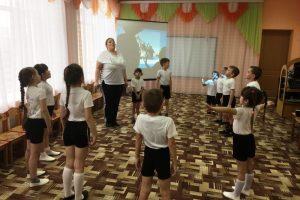 Педагоги МБДОУ «Детский сад «Тополек» большое внимание уделяют физкультурно-оздоровительной работе